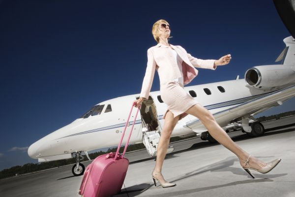 business-travel-woman